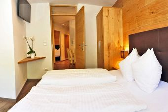 Apparthotel Central - Room